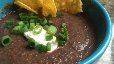 black-bean-and-salsa-soup