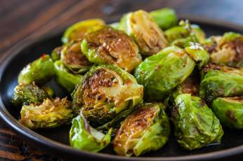 roasted-brussels-sprouts-with-sweet-chili-sauce-recipe-9562